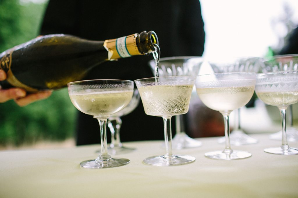 hire vintage champagne saucers for weddings, gatsby parties