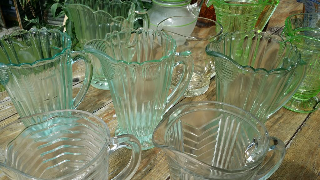 Hire green colour jugs for lemonade or water jugs at woodland or summer weddings