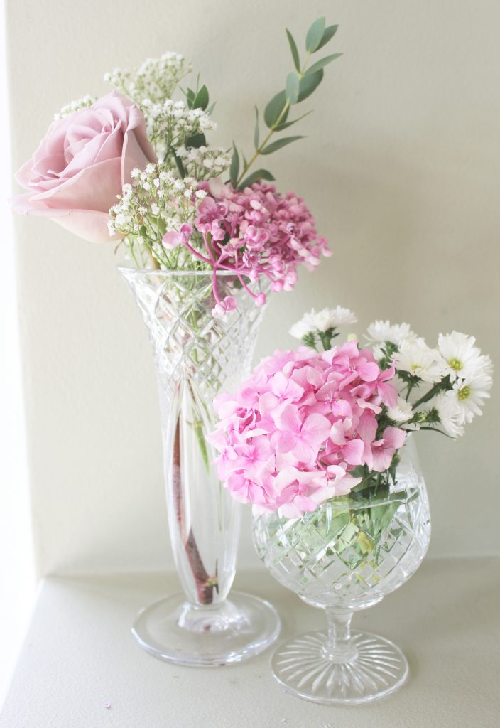 Hire vintage vases for weddings in the Cotswolds