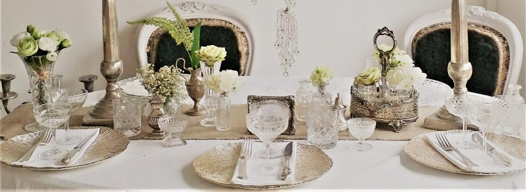hire vintage glasses, gold charger plates, hire candelabras & vintage vases for classical elegant weddings