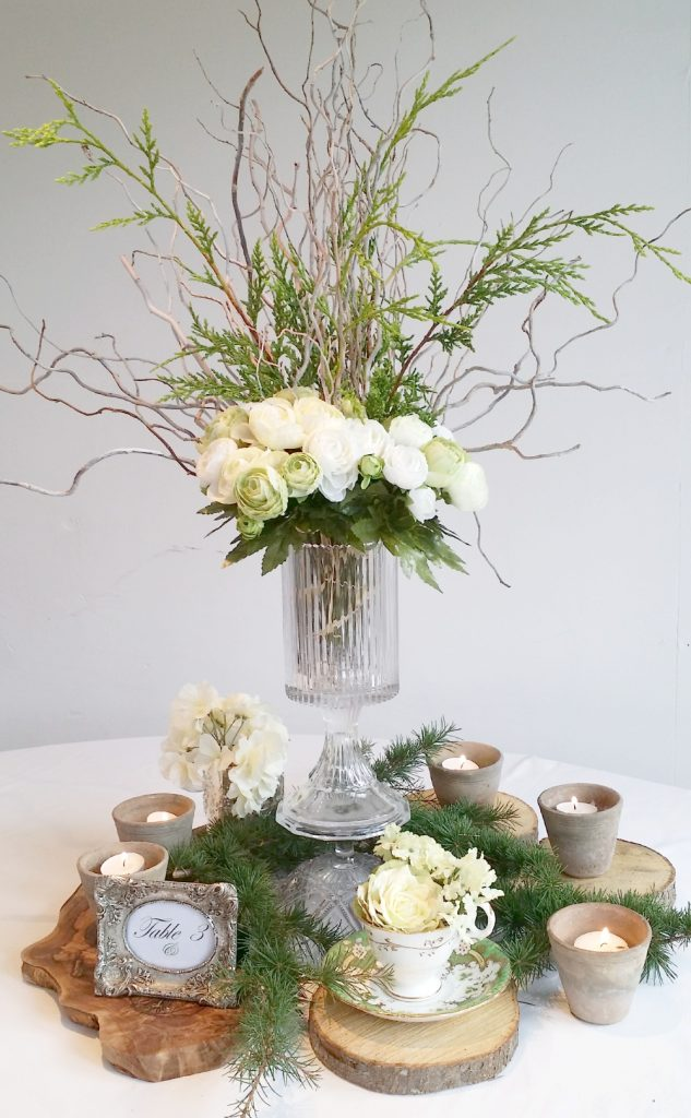 create a diy wedding table centre