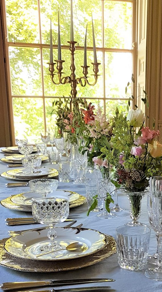 hire of vintage glasses cutlery ,plates gold chargers & gold candelabras